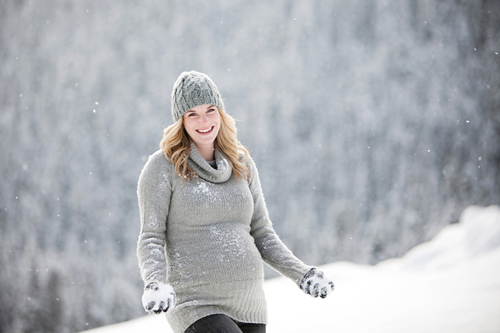 snowy-maternity-photos-10